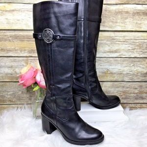 Etienne Aigner Winston Black Leather Boots
